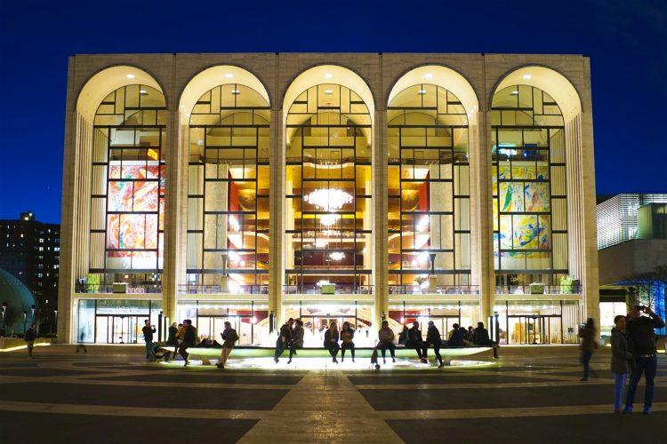 New York'un dünyaca ünlü Metropolitan Operası.